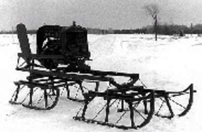 Bombardier_snowmobile