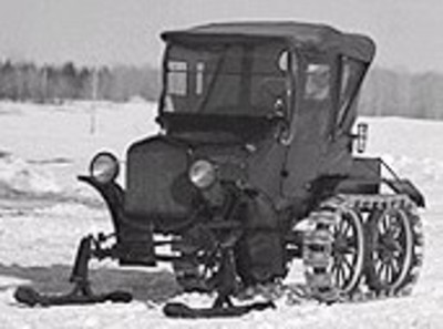Bombardier_snowmobile_2